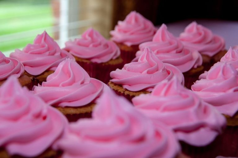 Gli stampi giusti per preparare torte e dolcetti fatti in casa